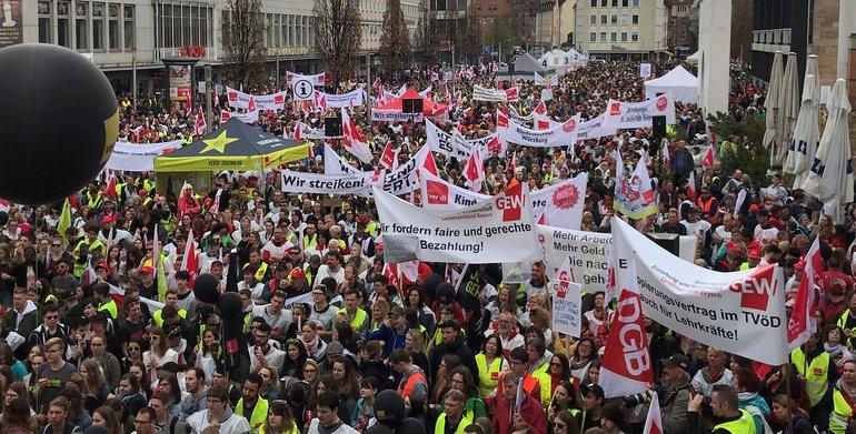 Tarifrunde ÖD 2018: Warnstreik am 11.04.2018 in Nürnberg